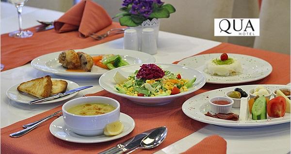 Qua Hotel'de enfes iftar menüsü seçenekleri 69 TL'den başlayan fiyatlarla! Bu fırsat 6 Mayıs - 3 Haziran 2019 tarihleri arasında, iftar saatinde geçerlidir.