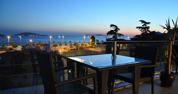 Maltepe The Island House Hotel'de kahvaltı dahil çift kişilik 1 gece konaklama seçenekleri 129 TL'den başlayan fiyatlarla! Fırsatın geçerlilik tarihi için DETAYLAR bölümünü inceleyiniz.