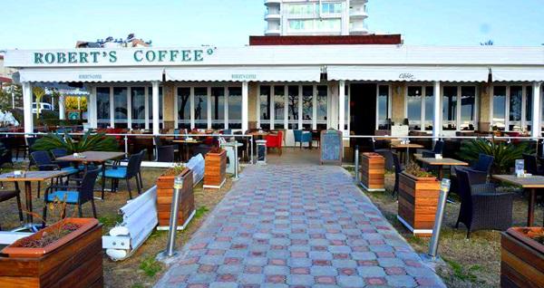 Roberts Coffee Düdenpark Şubesi'nde muhteşem deniz manzarası eşliğinde serpme köy kahvaltısı veya açık büfe kahvaltı 21,90 TL'den başlayan fiyatlarla! Fırsatın geçerlilik tarihi için, DETAYLAR bölümünü inceleyiniz.