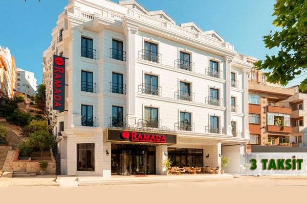 Ramada Hotel & Suites İstanbul Golden Horn'da kahvaltı dahil çift kişilik 1 gece konaklama 119 TL'den başlayan fiyatlarla! Fırsatın geçerlilik tarihi için, DETAYLAR bölümünü inceleyiniz. Fırsat özel günlerde geçerli değildir.