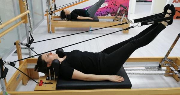 Mecidiyeköy YeoFİT Pilates Studio'da 1 veya 2 seanslık pilates dersi (Enerji seansı hediyeli) 59 TL'den başlayan fiyatlarla! Fırsatın geçerlilik tarihi için, DETAYLAR bölümünü inceleyiniz.