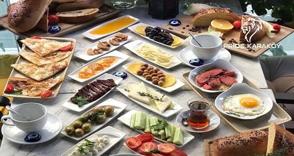 Pride Karaköy'de sınırsız çay eşliğinde enfes lezzetlerden oluşan serpme kahvaltı keyfi 24,50 TL'den başlayan fiyatlarla! Fırsatın geçerlilik tarihi için DETAYLAR bölümünü inceleyiniz.