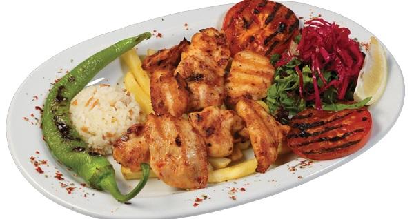 Kumkapı Yelken Restaurant'ta limitsiz eğlence eşliğinde leziz menü seçenekleri 65 TL'den başlayan fiyatlarla! Fırsatın geçerlilik tarihi için DETAYLAR bölümünü inceleyiniz.