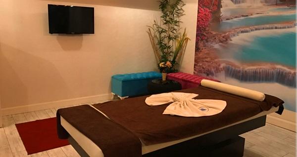Gaziosmanpaşa Essenora Fitness & Spa'da 40 dakikalık masaj seçenekleri, ıslak alan kullanımı, olimpik havuza giriş, fıtness kullanımı ve sıcak içecek ikramı 69 TL'den başlayan fiyatlarla! Fırsatın geçerlilik tarihi için DETAYLAR bölümünü inceleyiniz.