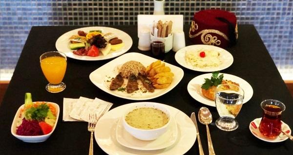Asia City Hotel İstanbul'da zengin içeriklerle dolu iftar menüsü 59 TL'den başlayan fiyatlarla! Bu fırsat 6 Mayıs - 3 Haziran 2019 tarihleri arasında, iftar saatinde geçerlidir.