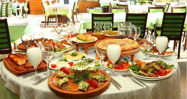 Ataşehir Bizim Konak Et & Kebap'ta enfes yemek menüleri 49,90 TL'den başlayan fiyatlarla! Fırsatın geçerlilik tarihi için DETAYLAR bölümünü inceleyiniz.