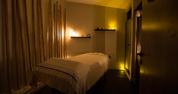 Acıbadem Akasya So'u Spa & Wellness'ta 50 dakika masaj keyfi veya 30 dakika hamam kullanımı 120 TL'den başlayan fiyatlarla! Fırsatın geçerlilik tarihi için DETAYLAR bölümünü inceleyiniz.