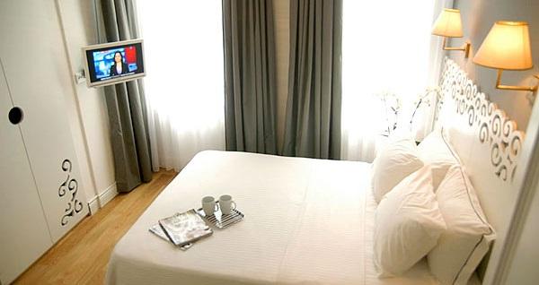 Beyoğlu Odda Hotel'de çift kişilik 1 gece konaklama keyfi 239 TL'den başlayan fiyatlarla! Fırsatın geçerlilik tarihi için, DETAYLAR bölümünü inceleyiniz.