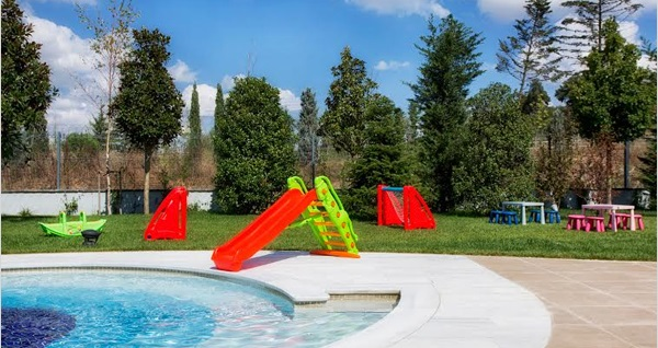 Radisson Blu Hotel & Spa İstanbul Tuzla'da açık havuz kullanımı ve 1 adet meşrubat 79 TL'den başlayan fiyatlarla! Fırsatın geçerlilik tarihi için DETAYLAR bölümünü inceleyiniz.