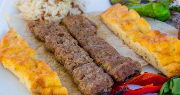 Çukurambar Evin Döner'de zengin iftar menüleri 49,90 TL'den başlayan fiyatlarla! 6 Mayıs - 3 Haziran 2019 tarihleri arasında, iftar saatinde geçerlidir.