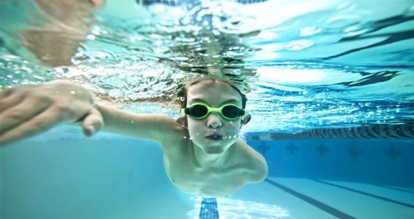 Beşiktaş Korukent Gym'de çocuk ve yetişkinlere özel 1 saatlik yüzme dersi 59 TL'den başlayan fiyatlarla! Fırsatın geçerlilik tarihi için, DETAYLAR bölümünü inceleyiniz.