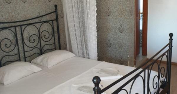 Büyükada Yıldızlar Hotel'de çift kişilik 1 gece konaklama seçenekleri 99 TL'den başlayan fiyatlarla! Fırsatın geçerlilik tarihi için DETAYLAR bölümünü inceleyiniz.