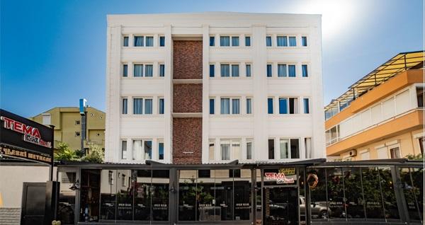 Antalya Tema Lara Hotel'de çift kişilik 1 gece konaklama