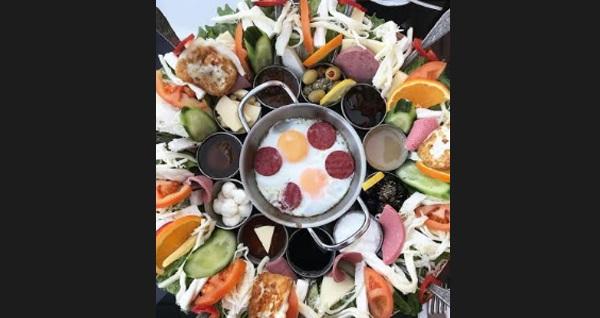 Sakarya Yeditepe Cafe'de enfes köy kahvaltısı 25 TL! Fırsatın geçerlilik tarihi için DETAYLAR bölümünü inceleyiniz.