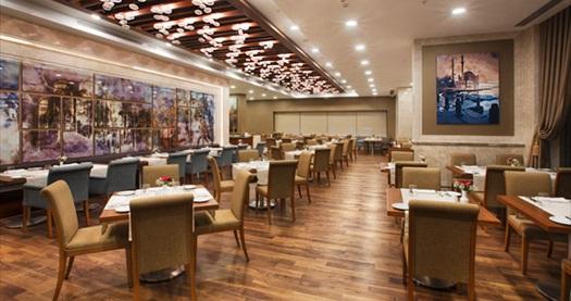 Dedeman Bostancı'da Roof Restaurant'ta akşam yemeği seçenekli çift kişilik 1 gece konaklama ve spa keyfi 166 TL'den başlayan fiyatlarla! Fırsatın geçerlilik tarihi için, DETAYLAR bölümünü inceleyiniz