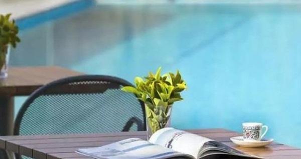 Park Inn by Radisson Istanbul Airport Odayeri Hotel'de açık büfe kahvaltı dahil yemyeşil doğada sonsuzluk havuzu kullanımı 99 TL'den başlayan fiyatlarla! Fırsatın geçerlilik tarihi için DETAYLAR bölümünü inceleyiniz.
