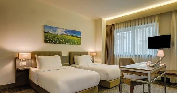 Bostancı Plus Hotel'de çift kişilik konaklama seçenekleri 169 TL'den başlayan fiyatlarla! Fırsatın geçerlilik tarihi için, DETAYLAR bölümünü inceleyiniz.
