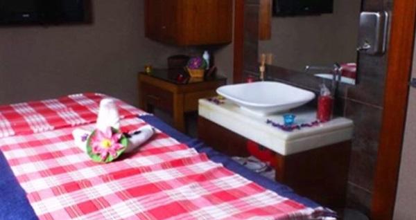 Taksim Grand Star Hotel CeSpa'da tek ve çift kişilik masaj uygulamaları 79 TL'den başlayan fiyatlarla! Fırsatın geçerlilik tarihi için DETAYLAR bölümünü inceleyiniz.
