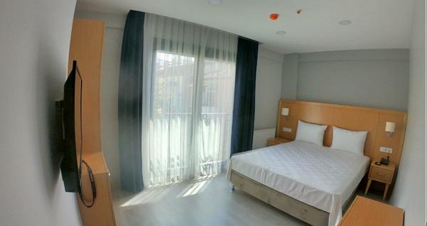 Liberi Hotel Taksim'de çift kişilik 1 gece konaklama seçenekleri 249 TL'den başlayan fiyatlarla! Fırsatın geçerlilik tarihi için DETAYLAR bölümünü inceleyiniz.
