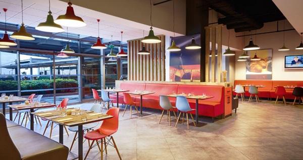 İbis Hotel Zeytinburnu'da 1 gece konaklama seçenekleri 249 TL'den başlayan fiyatlarla! Fırsatın geçerlilik tarihi için DETAYLAR bölümünü inceleyiniz.