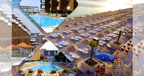 Kumburgaz'ın klasiği denize sıfır Grand Gold Hotel'de açık büfe kahvaltı, havuz ve özel plaj kullanımı dahil çift kişilik 1 gece konaklama keyfi 250 TL yerine 159 TL! Fırsatın geçerlilik tarihi için, DETAYLAR bölümünü inceleyiniz.