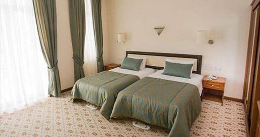 Girne Dome Hotel'de Pegasus ile ULAŞIM DAHİL çift kişilik odada kişi başı kahvaltı dahil konaklama seçenekleri 539 TL'den başlayan fiyatlarla! Fırsatın geçerlilik tarihi için, DETAYLAR bölümünü inceleyiniz.
