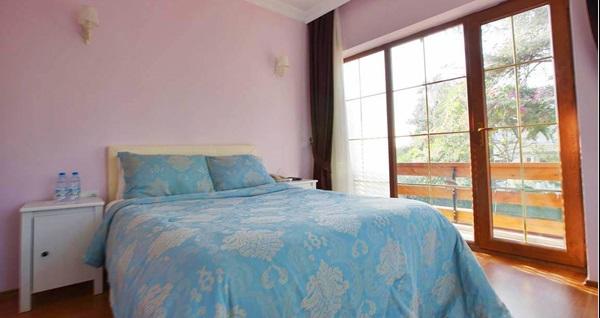 Büyükada Nizam Butik Hotel'in farklı odalarında çift kişilik 1 gece konaklama seçenekleri 119 TL'den başlayan fiyatlarla! Fırsatın geçerlilik tarihi için DETAYLAR bölümünü inceleyiniz.