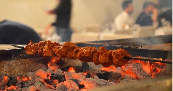 Esentepe Neyzen Ocakbaşı'nda leziz iftar menüsü 69 TL! Bu fırsat 6 Mayıs - 3 Haziran 2019 tarihleri arasında, iftar saatinde geçerlidir.