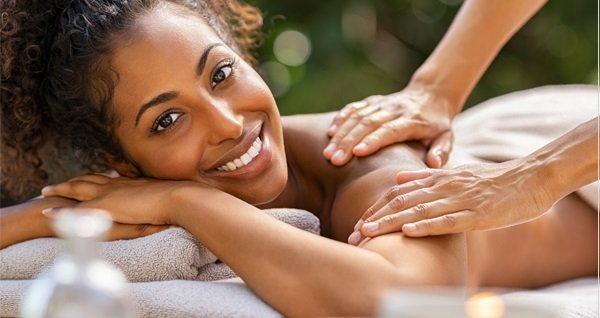 Beyza Suit Hotel Diamond Spa'da masaj uygulamaları 59 TL'den başlayan fiyatlarla! Fırsatın geçerlilik tarihi için DETAYLAR bölümünü inceleyiniz.