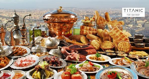 Titanic Port Bakırköy'de deniz manzarası eşliğinde zengin iftar menüsü 99 TL'den başlayan fiyatlarla! Bu fırsat 6 Mayıs - 3 Haziran 2019 tarihleri arasında, iftar saatinde geçerlidir.