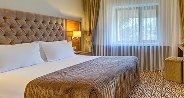 1 Gece Abant Palace Hotel veya Büyük Abant Otel'de Yarım Pansiyon konaklamalı, evinizden VIP araç ile gidiş dönüş ulaşım dahil 2 günlük Abant tatil paketi 997 TL'den başlayan fiyatlarla! Fırsatın geçerlilik tarihi için DETAYLAR bölümünü inceleyiniz.