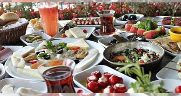 Bornova Çiçekliköy Keyfi Zade'de doğa ile iç içe serpme kahvaltı keyfi kişi başı 45 TL yerine 29,90 TL! Fırsatın geçerlilik tarihi için DETAYLAR bölümünü inceleyiniz.