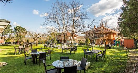 Polonezköy Miranda Garden Hotel'de kahvaltı dahil çift kişilik 1 gece konaklama 119 TL'den başlayan fiyatlarla! Fırsatın geçerlilik tarihi için, DETAYLAR bölümünü inceleyiniz.