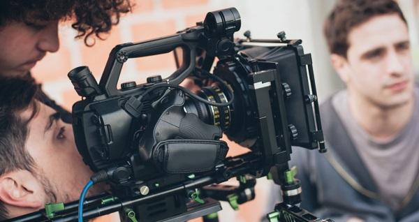 Sestanbul Sanat Akademisi'nde yetişkinler için 1 aylık senaryo yazarlığı veya kamera önü oyunculuk atölyeleri 500 TL yerine 149 TL! Fırsatın geçerlilik tarihi için DETAYLAR bölümünü inceleyiniz.