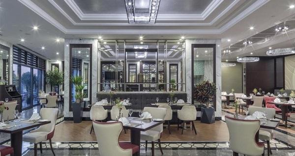 Hilton Garden Inn Yalova'da çift kişilik yarım pansiyon 3 gece kal 2 gece öde konaklama 855 TL'den başlayan fiyatlarla! Fırsatın geçerlilik tarihi için DETAYLAR bölümünü inceleyiniz.