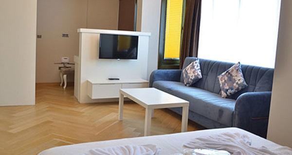 Beyoğlu Leader Mansion Hotel & Sauna'da çift kişilik 1 gece konaklama seçenekleri 169 TL'den başlayan fiyatlarla! Fırsatın geçerlilik tarihi için, DETAYLAR bölümünü inceleyiniz.