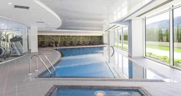Ramada Hotel&Suites Kemalpaşa İzmir'de Kurban Bayramında da geçerli çift kişilik 1 gece konaklama seçenekleri 239 TL'den başlayan fiyatlarla! Fırsatın geçerlilik tarihi için DETAYLAR bölümünü inceleyiniz.