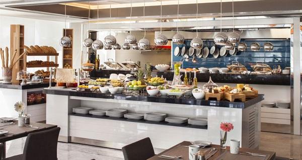 Ramada Hotel&Suites Kemalpaşa İzmir'de çift kişilik 1 gece konaklama seçenekleri 269 TL'den başlayan fiyatlarla! Fırsatın geçerlilik tarihi için DETAYLAR bölümünü inceleyiniz.