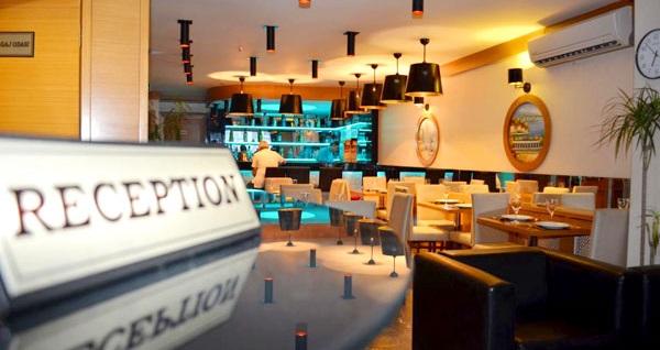 Şişli Hotel La Piano'da kahvaltı dahil çift kişilik 1 gece konaklama keyfi 199 TL! Fırsatın geçerlilik tarihi için, DETAYLAR bölümünü inceleyiniz.