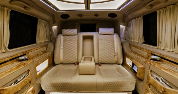 Limousine Plus'tan Uludağ, Kartepe ve Kartalkaya'ya 6 ve 14 kişilik lüks araçlarla VIP transfer hizmeti 1199 TL'den başlayan fiyatlarla! Fırsatın geçerlilik tarihi için DETAYLAR bölümünü inceleyiniz.