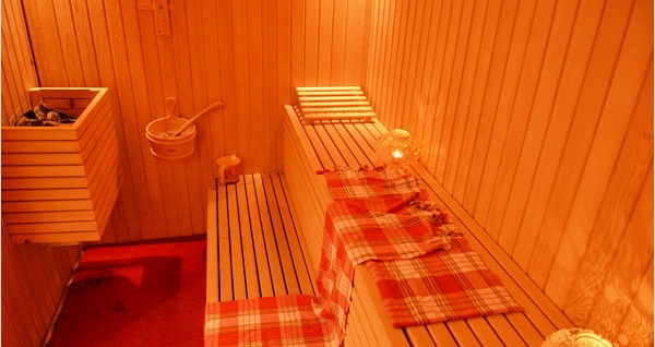 Yalova White Palace Hotel Termal Tesis'te çift kişilik 1 gece konaklama ve ücretsiz termal havuz kullanımı seçenekleri 199 TL'den başlayan fiyatlarla! Fırsatın geçerlilik tarihi için, DETAYLAR bölümünü inceleyiniz.