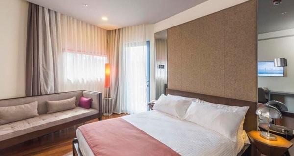 Terrace Suites İstanbul'un farklı odalarında çift kişilik 1 gece konaklama seçenekleri 275 TL'den başlayan fiyatlarla! Fırsatın geçerlilik tarihi için DETAYLAR bölümünü inceleyiniz.
