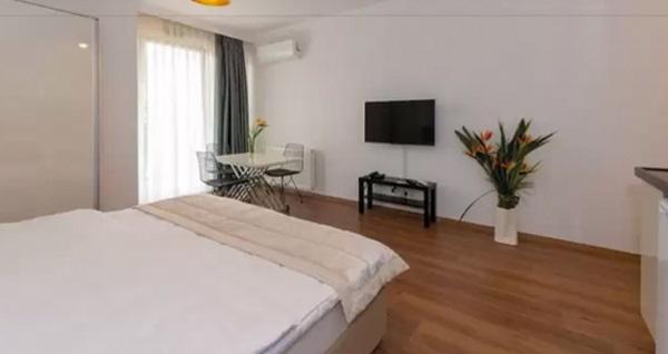 Şişli Joy Suites Hotel'de çift kişilik 1 gece konaklama 199 TL! Fırsatın geçerlilik tarihi için DETAYLAR bölümünü inceleyiniz.