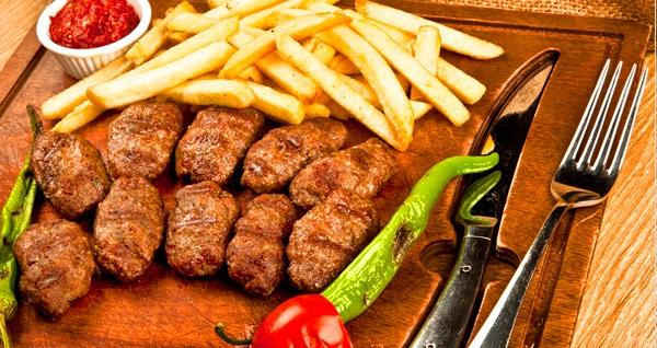 Süleymaniye Yeditepe Teras Cafe'de steak, tavuk, mantı, pizza, köfte veya iskender menü seçenekleri 19,90 TL'den başlayan fiyatlarla! Fırsatın geçerlilik tarihi için DETAYLAR bölümünü inceleyiniz.
