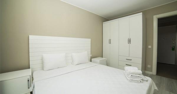 Bağcılar Medproper Suites Hotel'de kahvaltı dahil tek veya çift kişilik 1 gece konaklama keyfi 199 TL'den başlayan fiyatlarla! Fırsatın geçerlilik tarihi için DETAYLAR bölümünü inceleyiniz.