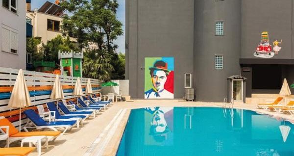 Tema Lara Hotel Antalya'da çift kişilik 1 gece konaklama 299 TL! Fırsatın geçerlilik tarihi için, DETAYLAR bölümünü inceleyiniz.