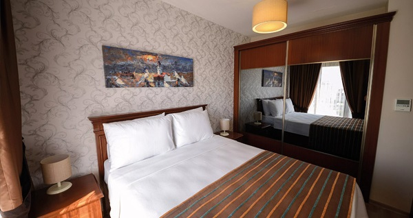 Kocaeli Sarajevo Suit Hotel'de çift kişilik 1 gece konaklama 149 TL'den başlayan fiyatlarla! Fırsatın geçerlilik tarihi için, DETAYLAR bölümünü inceleyiniz.