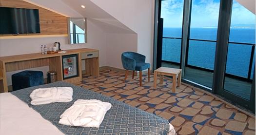 Blue Mudanya Hotel'de tek veya çift kişilik 1 gece konaklama seçenekleri 335 TL'den başlayan fiyatlarla! Fırsatın geçerlilik tarihi için DETAYLAR bölümünü inceleyiniz.