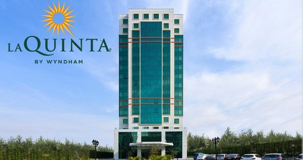 5 Yıldızlı La Quinta by Wyndham Istanbul Güneşli Hotel'de çift kişi 1 gece Deluxe Odada konaklama seçenekleri 259 TL'den başlayan fiyatlarla! Fırsatın geçerlilik tarihi için DETAYLAR bölümünü inceleyiniz.