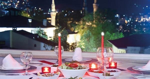 Osmangazi Efehan Hotel'de kahvaltı dahil çift kişilik 1 gece konaklama 159 TL'den başlayan fiyatlarla! Fırsatın geçerlilik tarihi için, DETAYLAR bölümünü inceleyiniz.